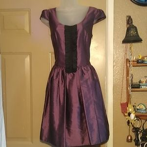 NWOT KensieGirl 100% Silk Dress-Size Medium